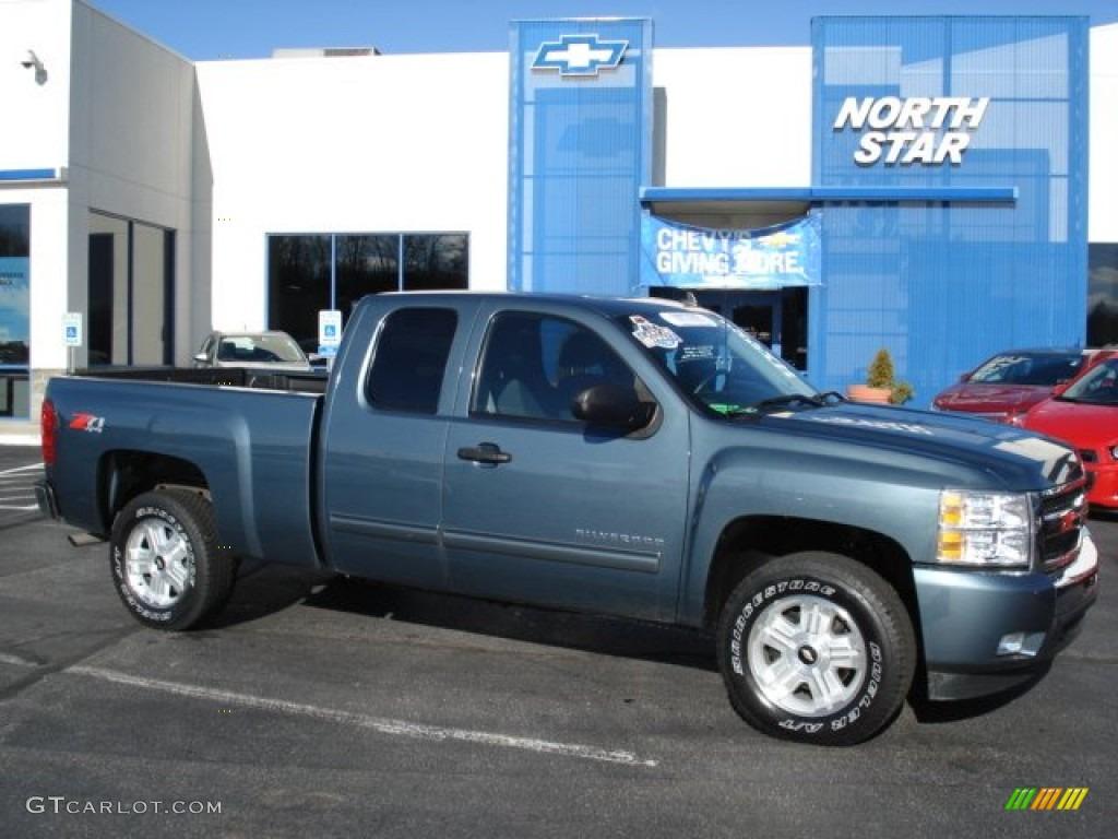 Blue Granite Metallic Chevrolet Silverado 1500