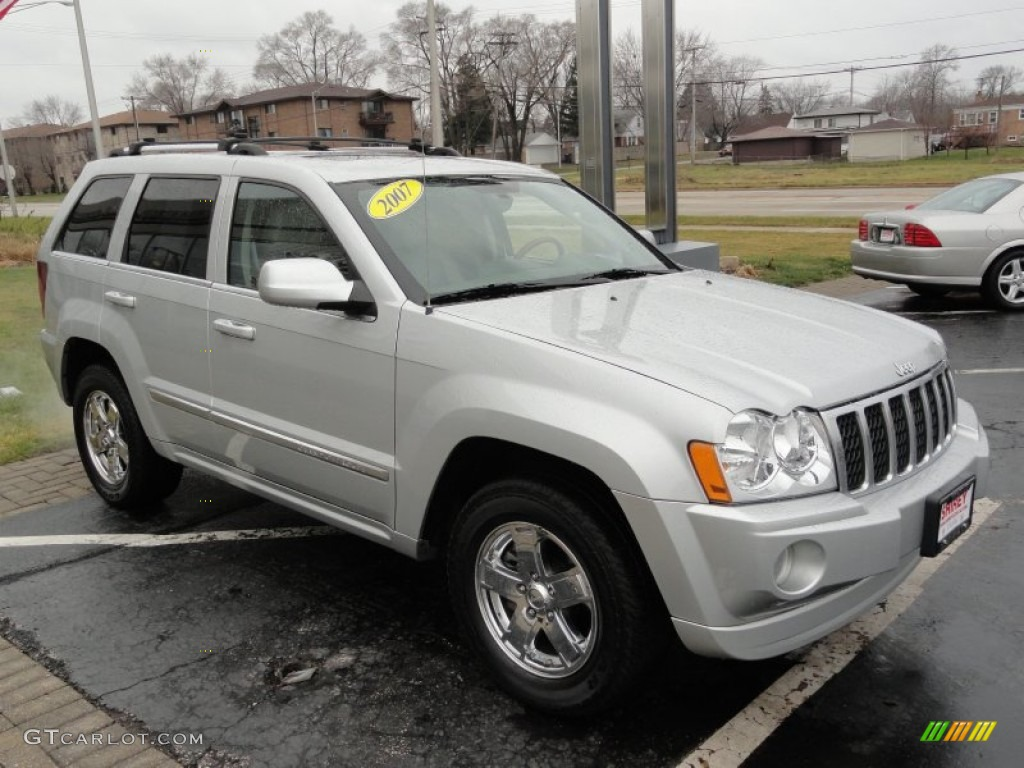 2007 bright silver metallic jeep grand cherokee overland #58724707