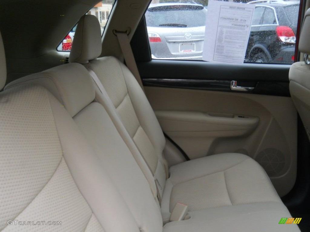 2011 Sorento LX V6 AWD - Spicy Red / Beige photo #8