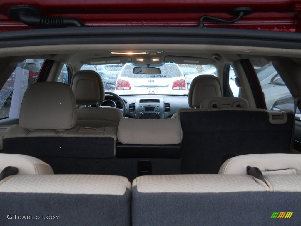 2011 Sorento LX V6 AWD - Spicy Red / Beige photo #11