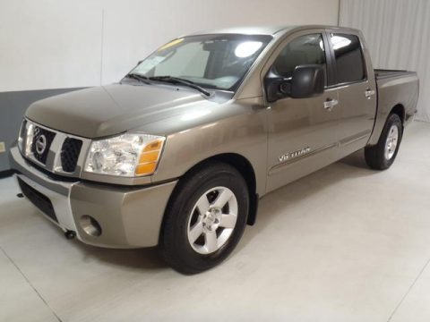2007 Nissan Titan SE Crew Cab Data, Info and Specs