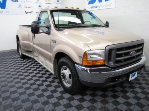 1999 Ford F350 Super Duty XL Regular Cab Dually Data, Info and Specs
