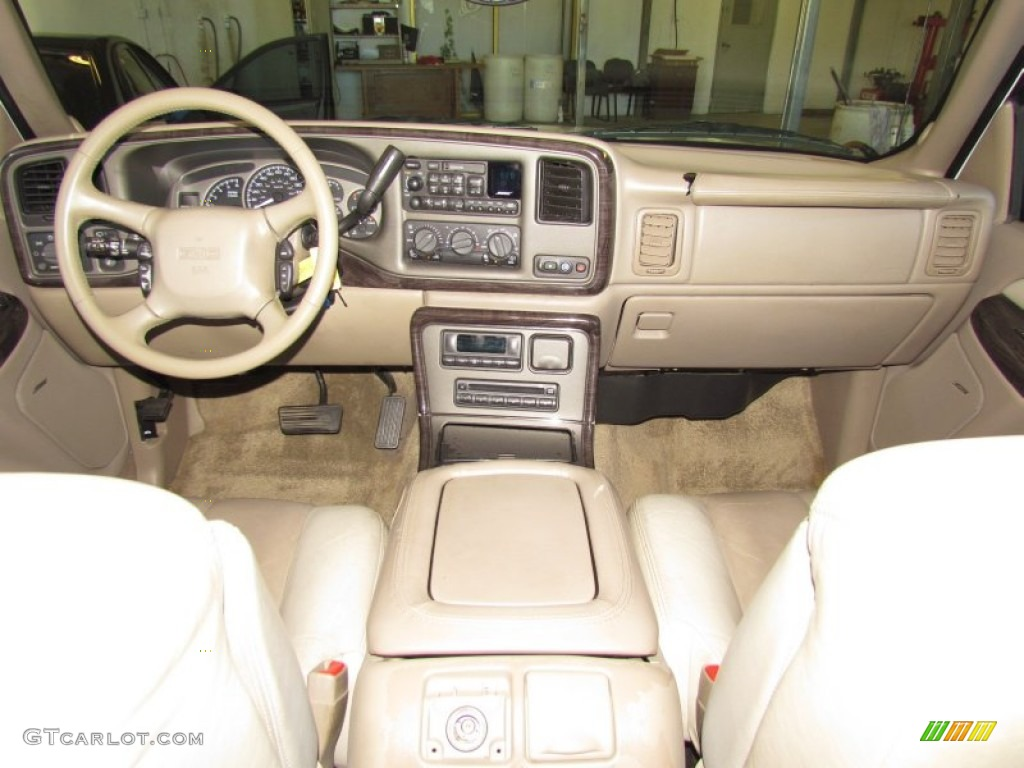 2002 Gmc Yukon Xl Denali Awd Sandstone Dashboard Photo 58865083
