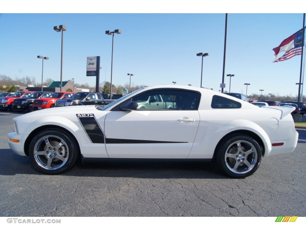 2007 Mustang V6 Deluxe Coupe - Performance White / Light Graphite photo #5