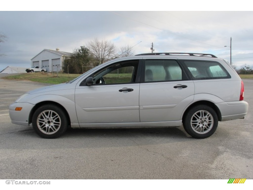 cd silver metallic 2002 ford focus se wagon exterior photo. Black Bedroom Furniture Sets. Home Design Ideas