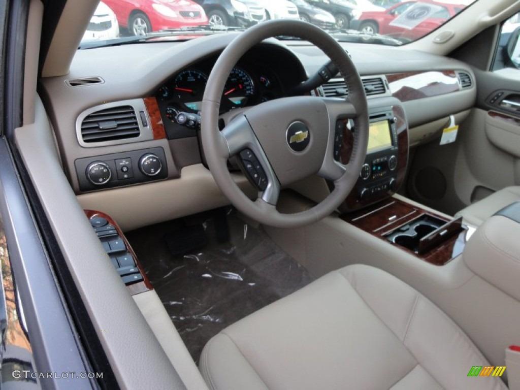 2012 Chevrolet Suburban LTZ 4x4 interior Photo #58984102
