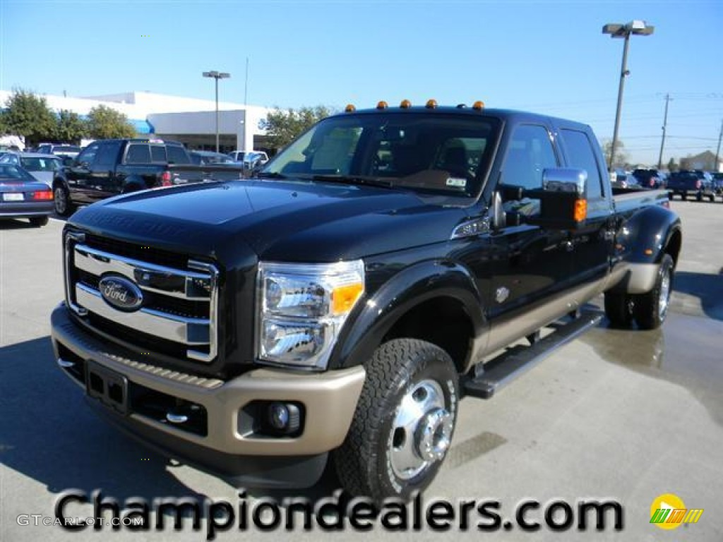 2012 tuxedo black metallic ford f350 super duty king ranch crew cab 4x4 dually 59001797. Black Bedroom Furniture Sets. Home Design Ideas