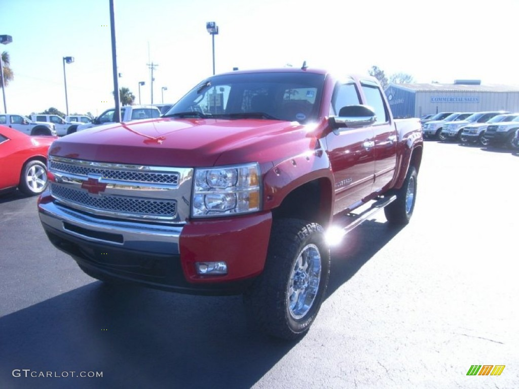 2009 Silverado 1500 LT Z71 Crew Cab 4x4 - Victory Red / Ebony photo #1