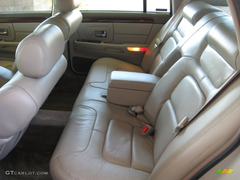 Cappuccino Cream Interior 1997 Cadillac Deville Sedan