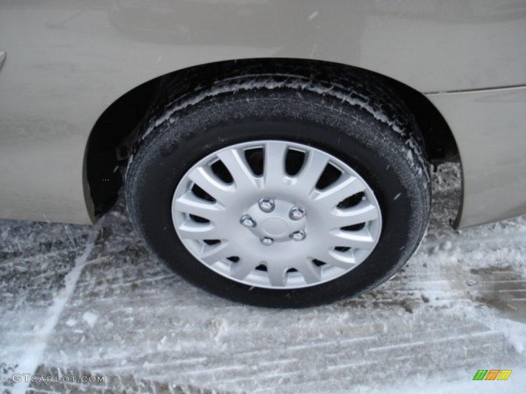 2003 Chevrolet Cavalier LS Coupe Wheel Photos