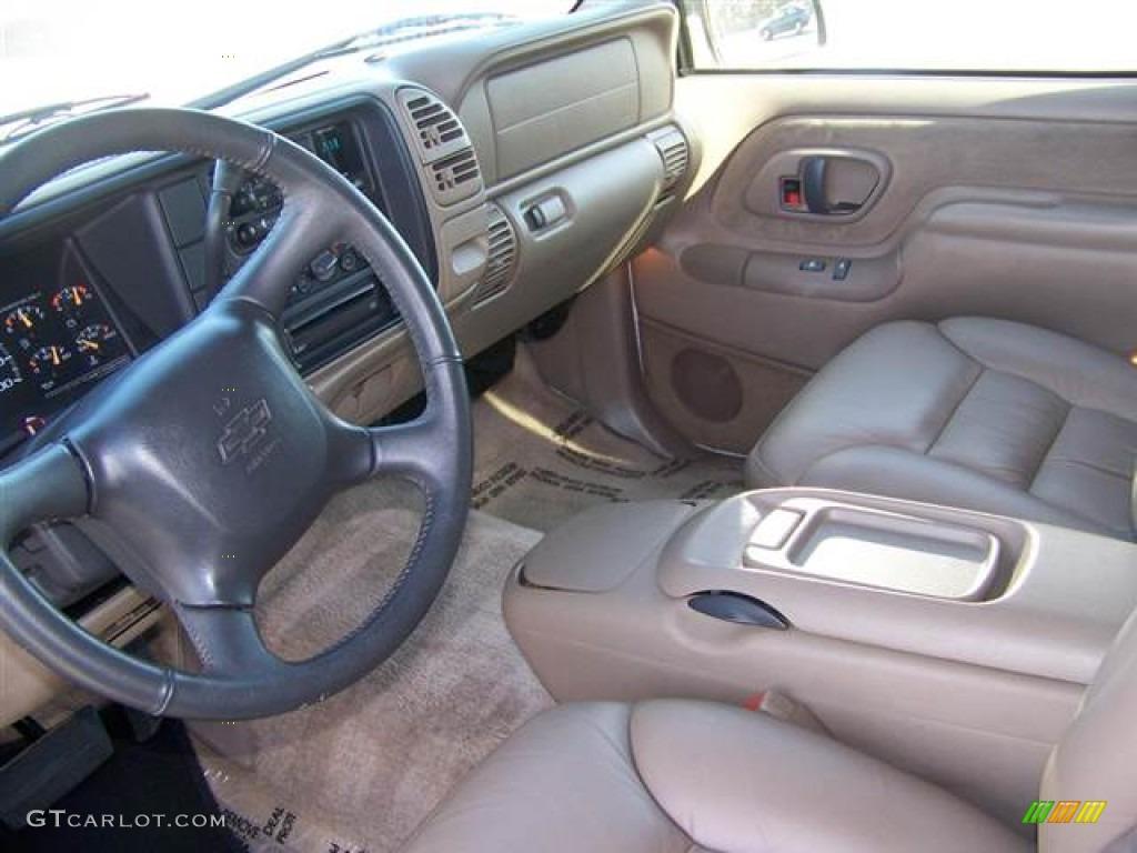 Neutral Interior 1999 Chevrolet Suburban C1500 Ls Photo 59121906