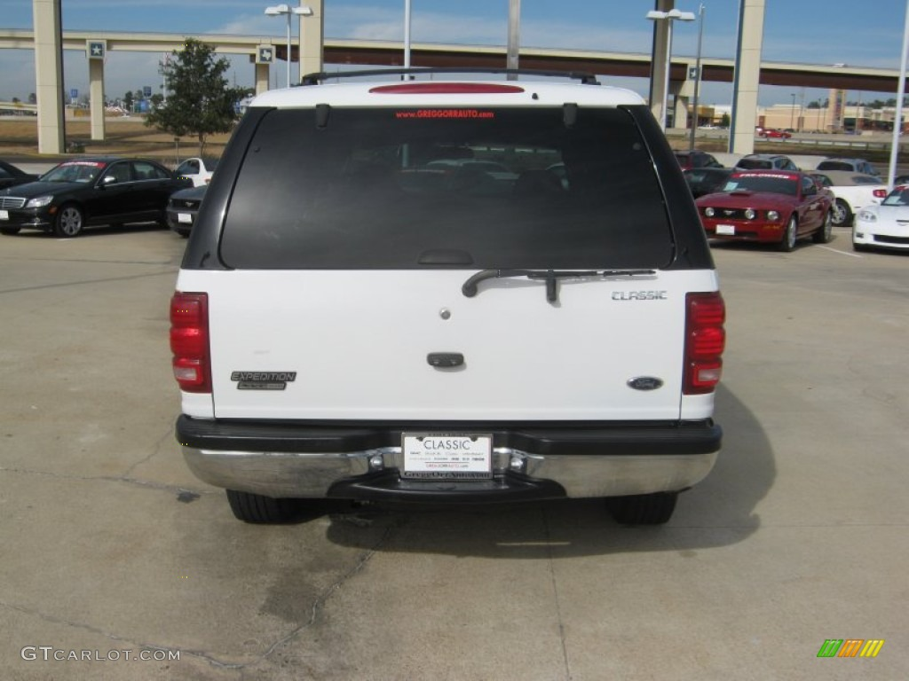 2000 Oxford White Ford Expedition XLT #59117289 Photo #4 | GTCarLot.com - Car Color Galleries