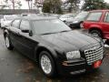 2005 Brilliant Black Crystal Pearl Chrysler 300   photo #2