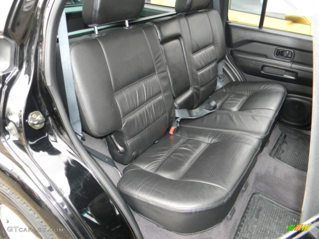 Charcoal Interior 2002 Nissan Pathfinder SE 4x4 Photo ...
