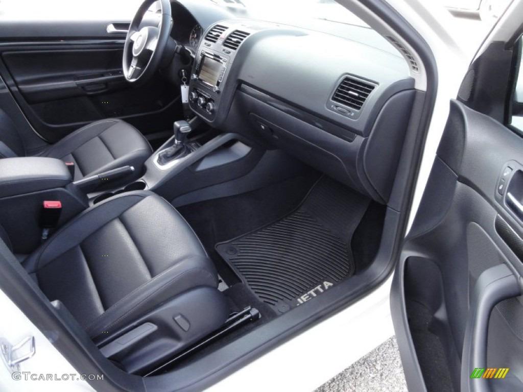 titan black interior 2010 volkswagen jetta wolfsburg edition sedan