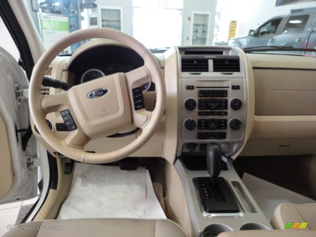 2012 white suede ford escape xlt 59375454 photo 10. Black Bedroom Furniture Sets. Home Design Ideas