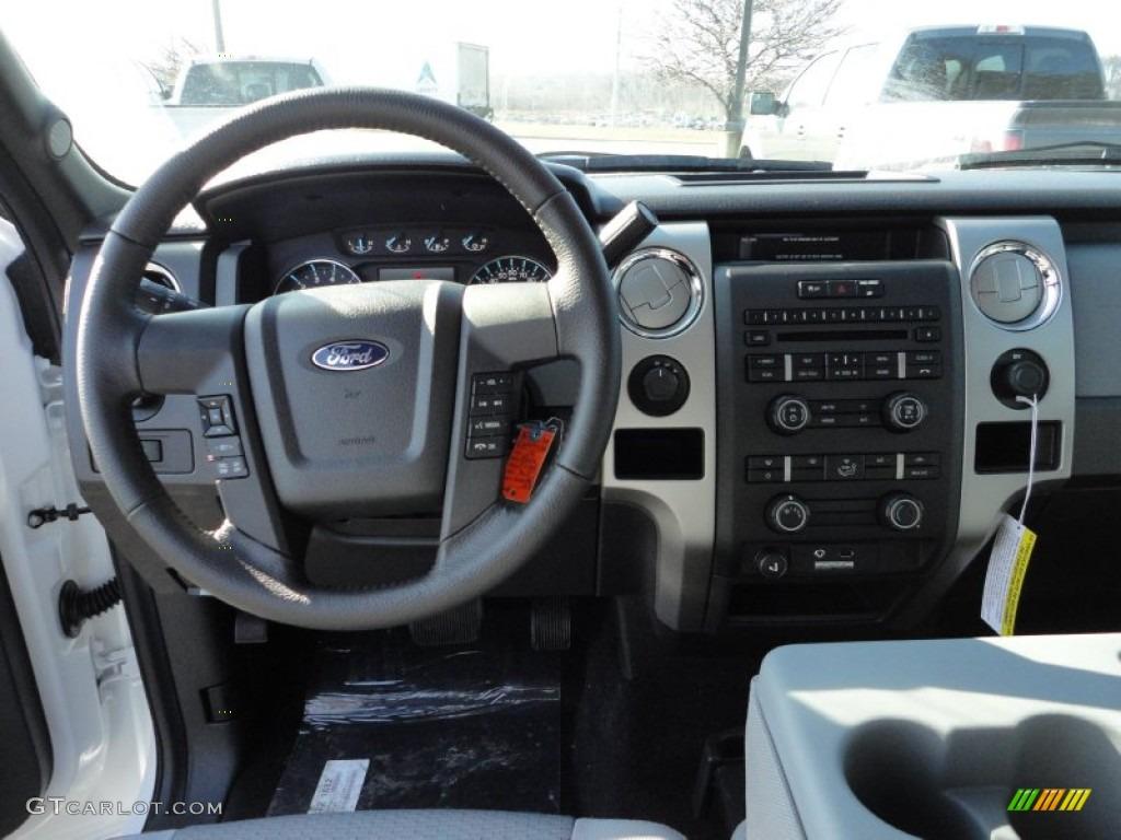 2012 Ford F-150 XLT SuperCab Interior