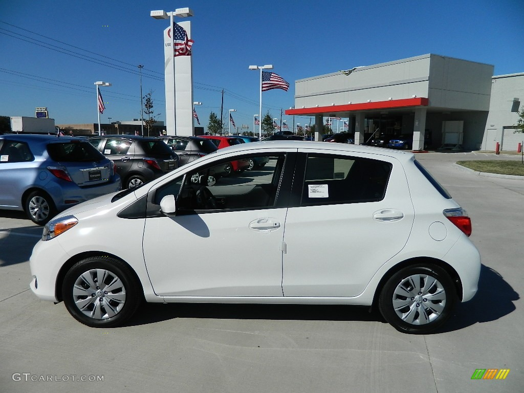 Super White 2012 Toyota Yaris LE 5 Door Exterior Photo #59533582 | GTCarLot.com