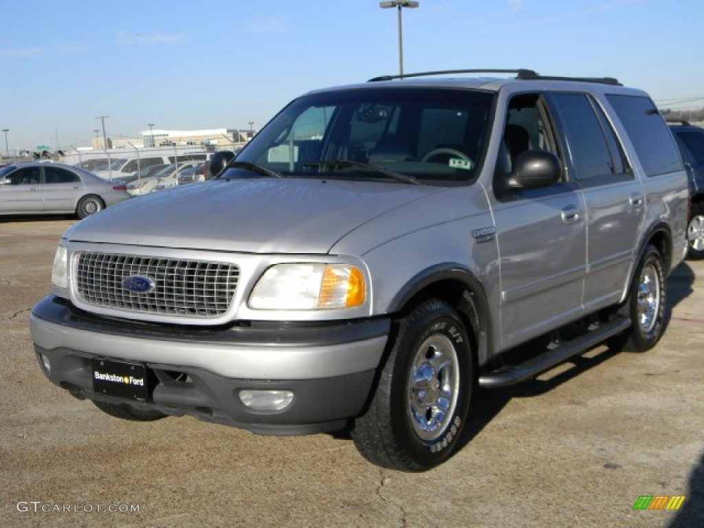 Silver Metallic 2000 Ford Expedition Xlt Exterior Photo