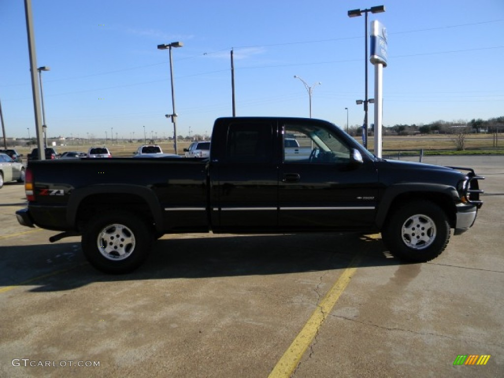 2002 Silverado 1500 LS Extended Cab 4x4 - Onyx Black / Graphite Gray photo #3