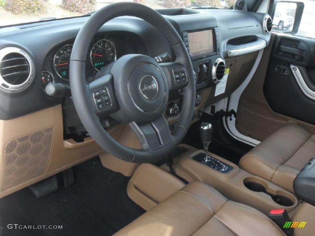 Black Dark Saddle Interior 2012 Jeep Wrangler Unlimited Sahara 4x4 Photo 59570007