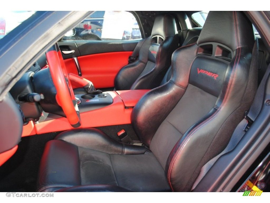 Black/Red Interior 2004 Dodge Viper SRT-10 Photo #59572191 | GTCarLot ...