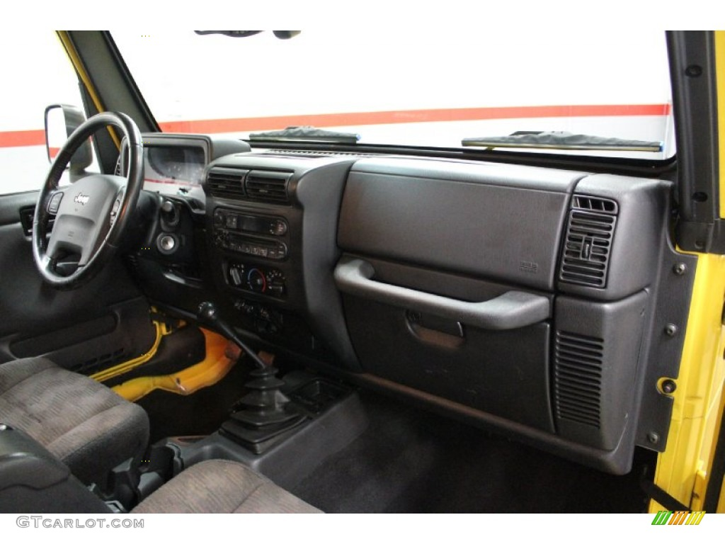 2004 Jeep Wrangler Rubicon 4x4 Dark Slate Gray Dashboard