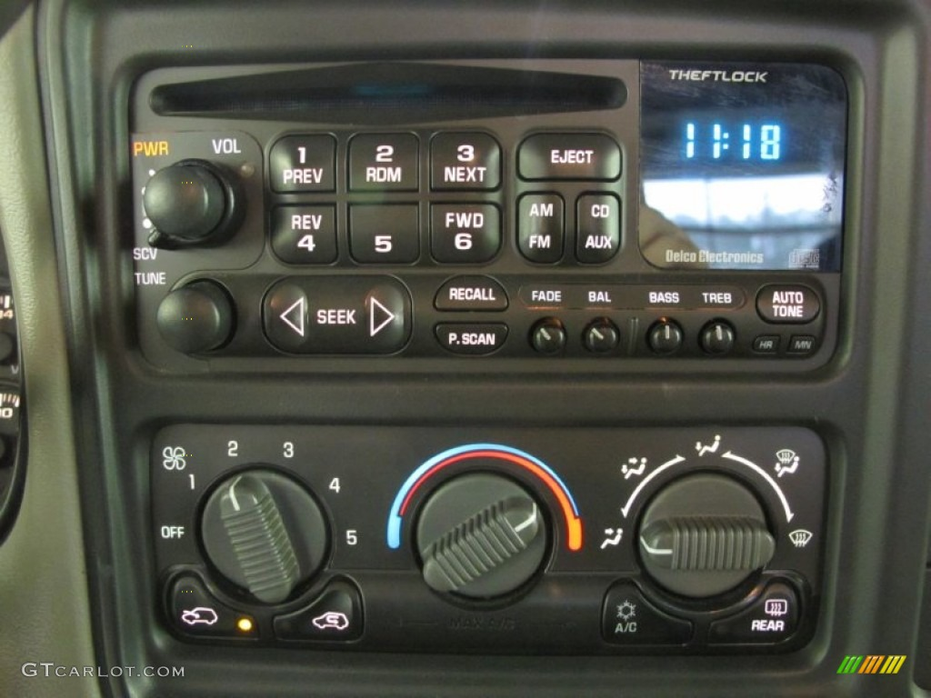 2000 Chevrolet Silverado 1500 LS Extended Cab 4x4 Audio System Photo #59622645
