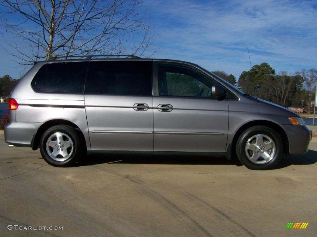 Canyon Stone Silver Metallic 2000 Honda Odyssey Ex