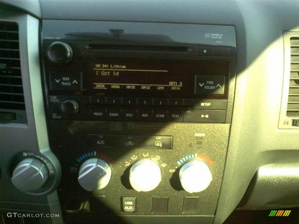 2011 Tundra SR5 Double Cab 4x4 - Silver Sky Metallic / Black photo #8