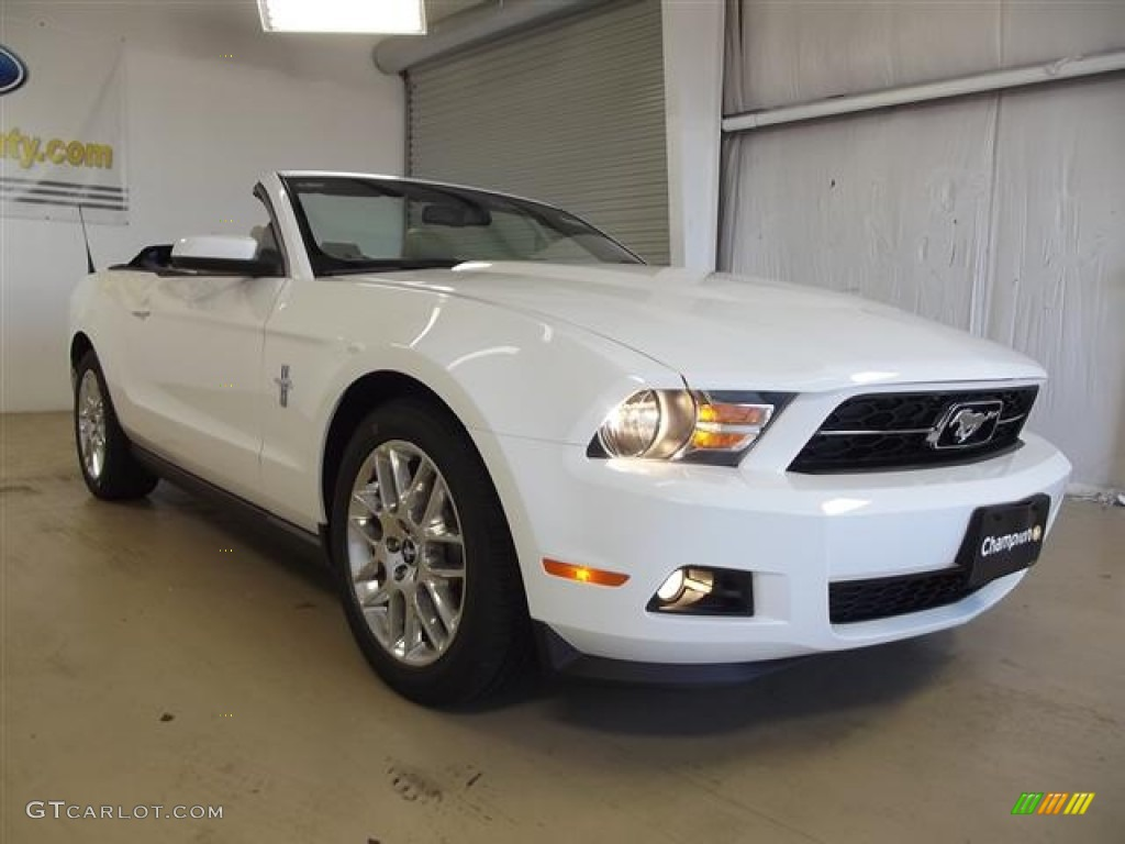 performance white 2012 ford mustang v6 premium convertible exterior photo 59640005. Black Bedroom Furniture Sets. Home Design Ideas