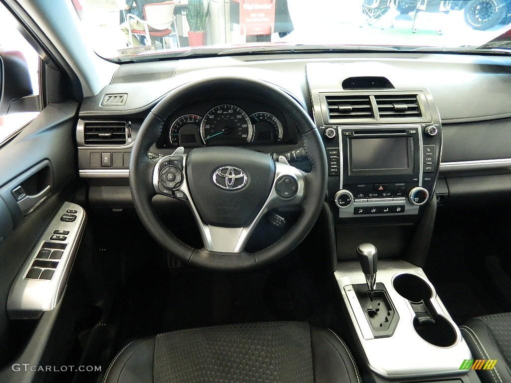 Black Interior 2012 Toyota Camry SE Photo #59675473 ...