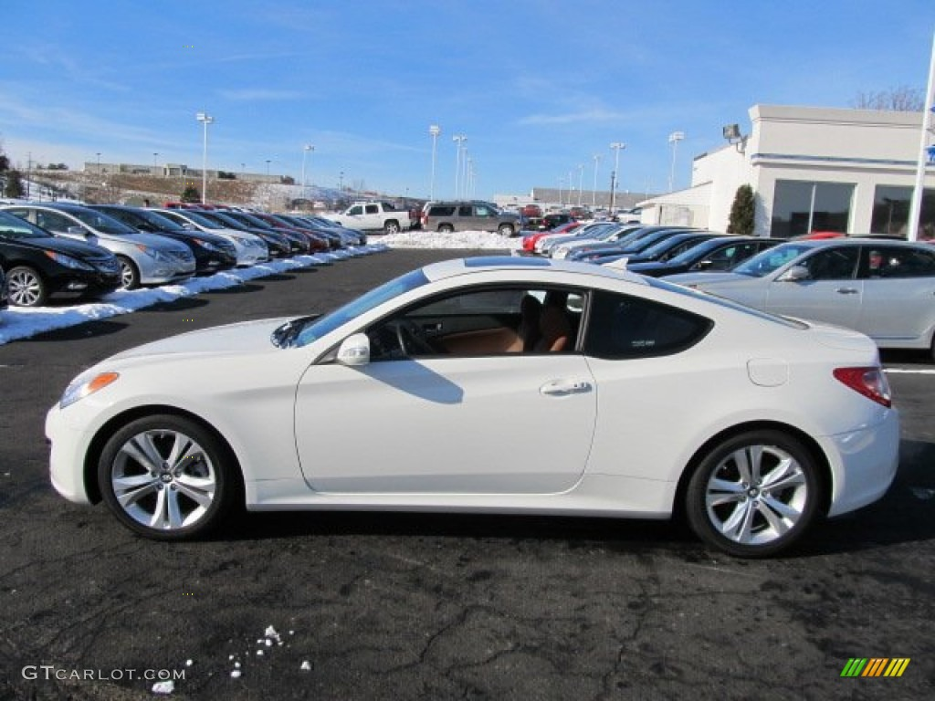 Karussell White 2011 Hyundai Genesis Coupe 3 8 Grand