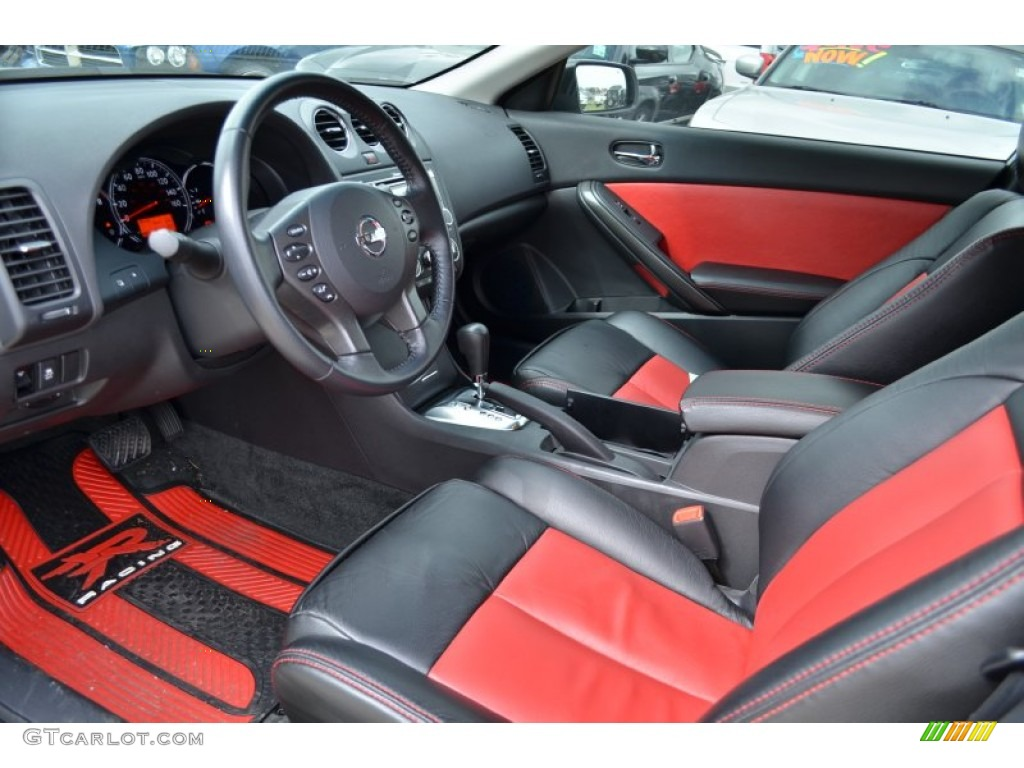 Red Interior 2011 Nissan Altima 3 5 Sr Coupe Photo