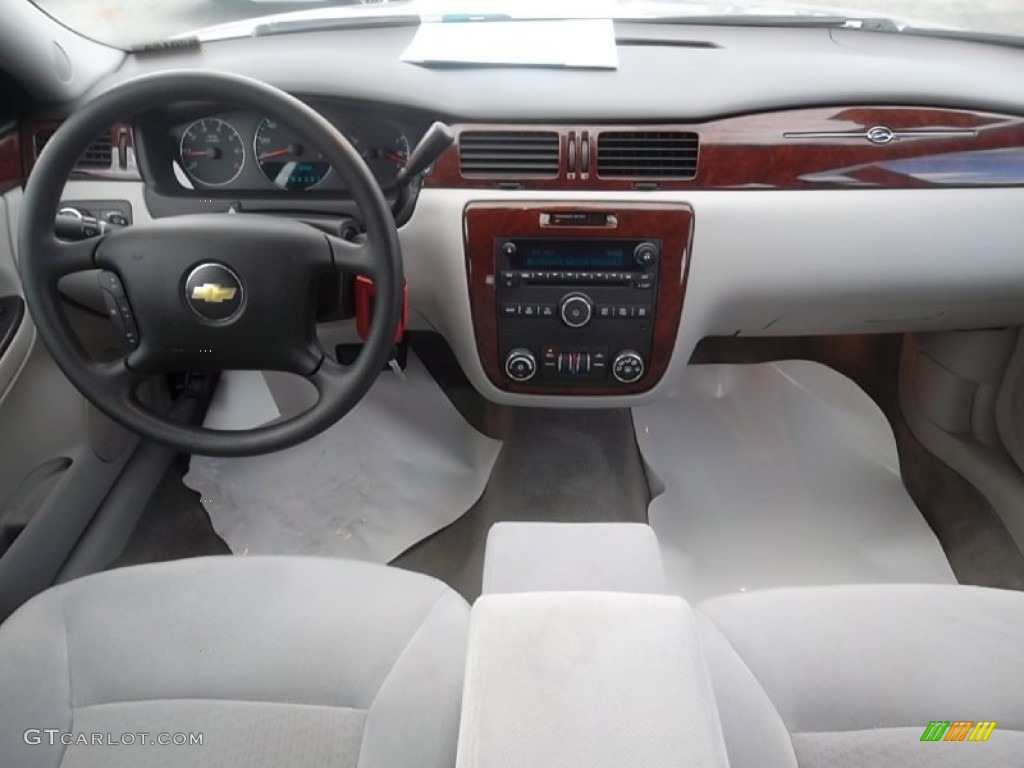 2006 Chevrolet Impala Lt Gray Dashboard Photo 59740179