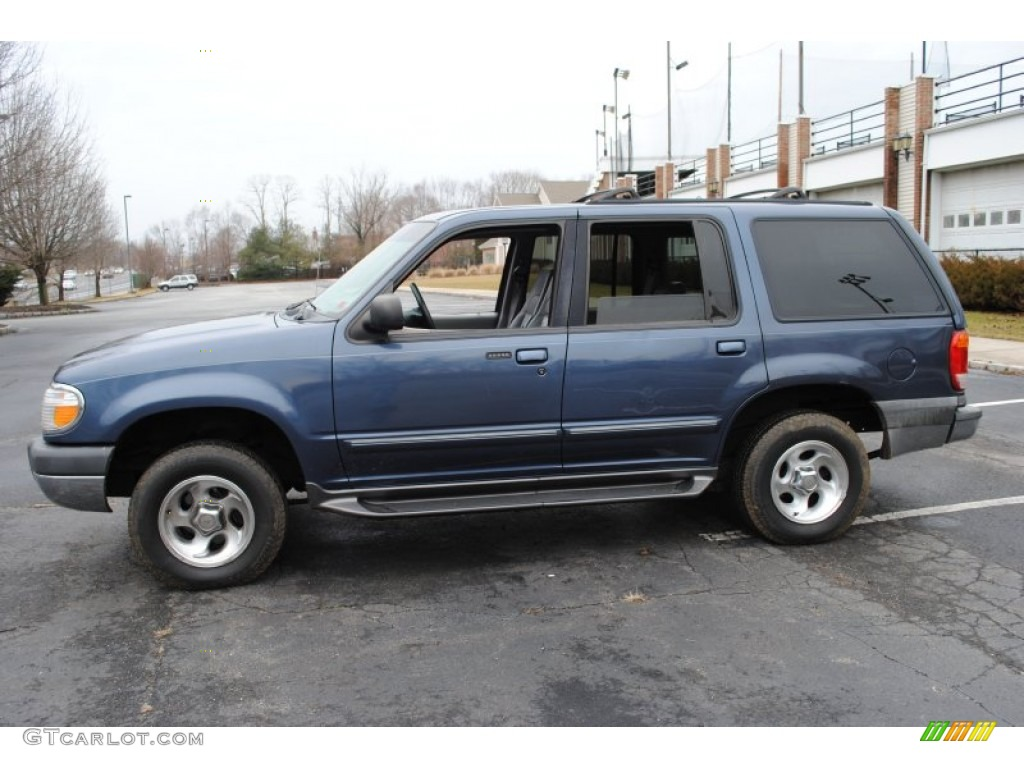 Medium wedgewood blue metallic 1999 ford explorer xlt 4x4 exterior photo 59740415