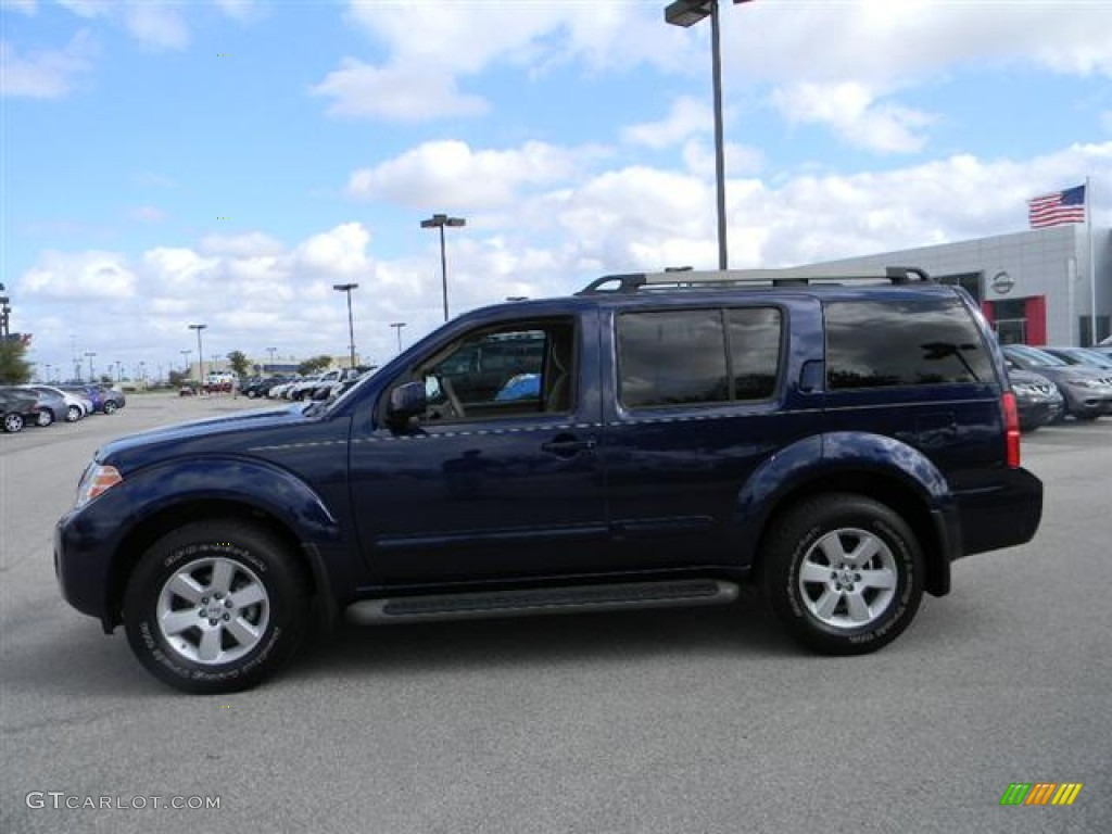 navy blue metallic 2010 nissan pathfinder se exterior. Black Bedroom Furniture Sets. Home Design Ideas