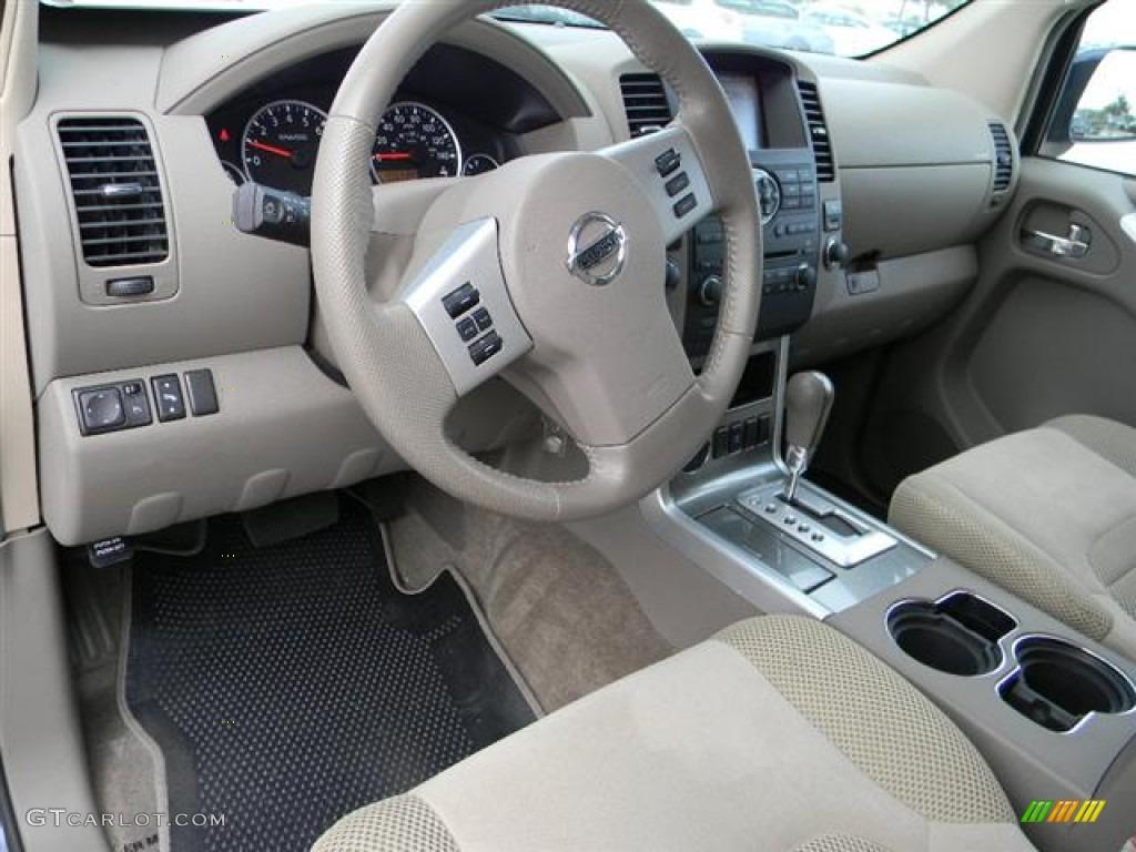 2010 Nissan Pathfinder Se Interior Photos