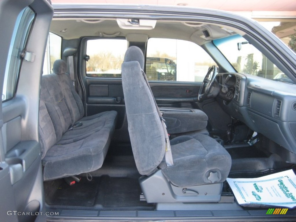 2001 Chevrolet Silverado 2500HD LS Extended Cab 4x4 interior Photo #59812647 | GTCarLot.com