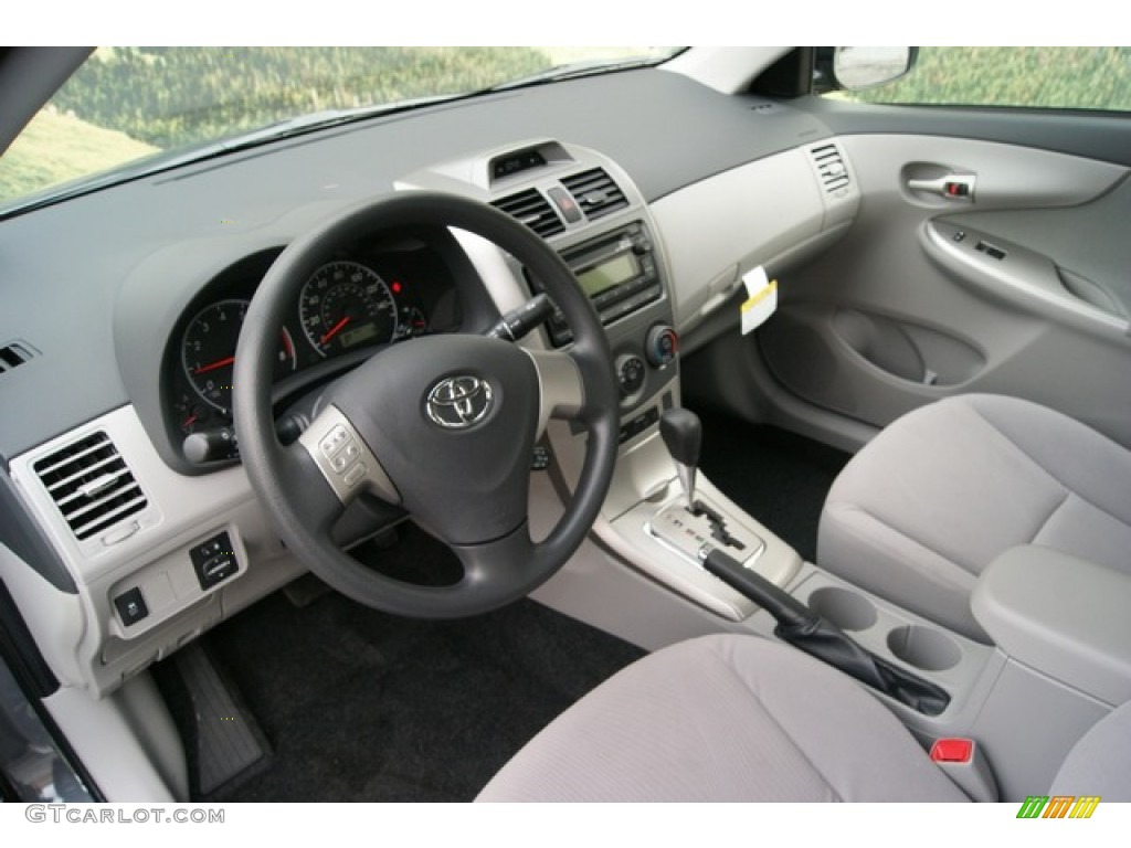 2012 Toyota Corolla LE Interior Photo #59841168
