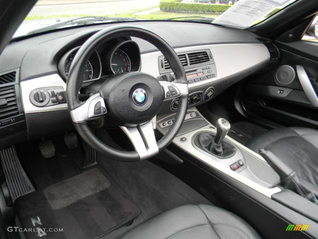 Black Interior 2004 Bmw Z4 3 0i Roadster Photo 59843307