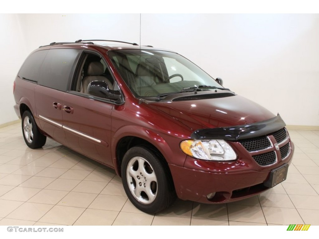 2002 dark garnet red pearl dodge grand caravan es. Black Bedroom Furniture Sets. Home Design Ideas