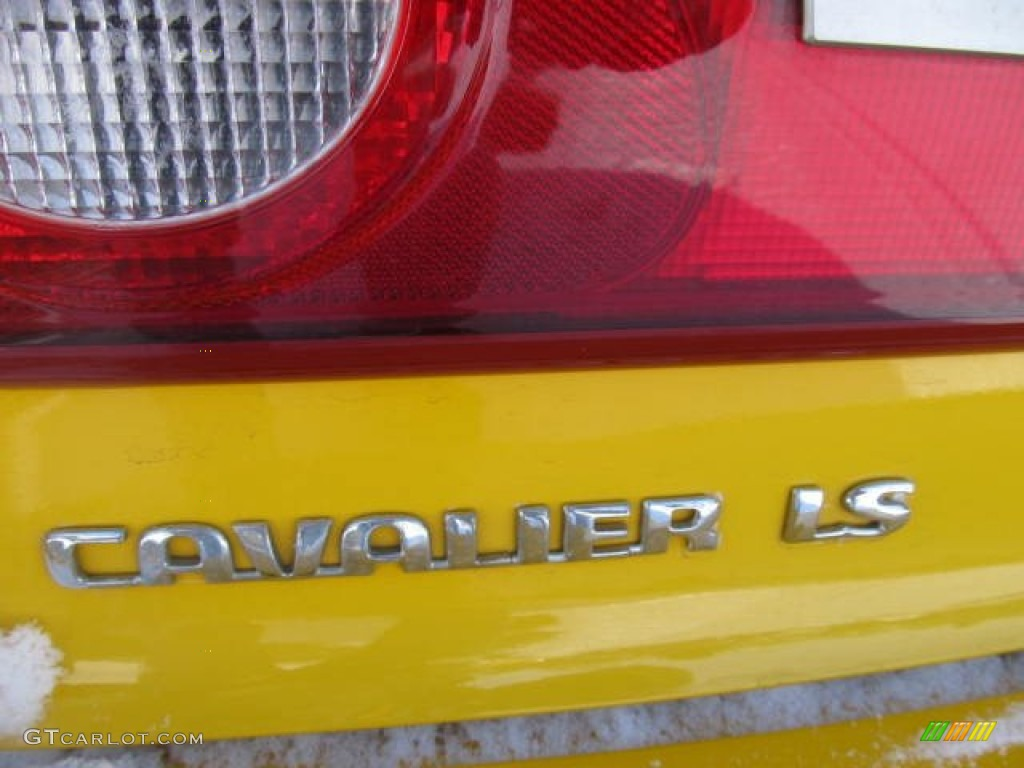 2003 Chevrolet Cavalier LS Coupe Marks and Logos Photo #59872610