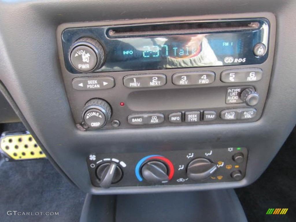 2003 Chevrolet Cavalier LS Coupe Audio System Photo #59872679