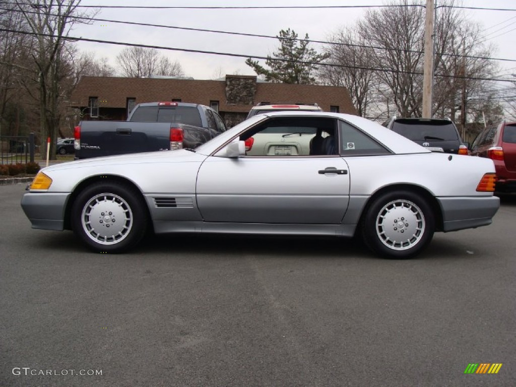 Astral silver metallic 1991 mercedes benz sl class 500 sl for Mercedes benz silver