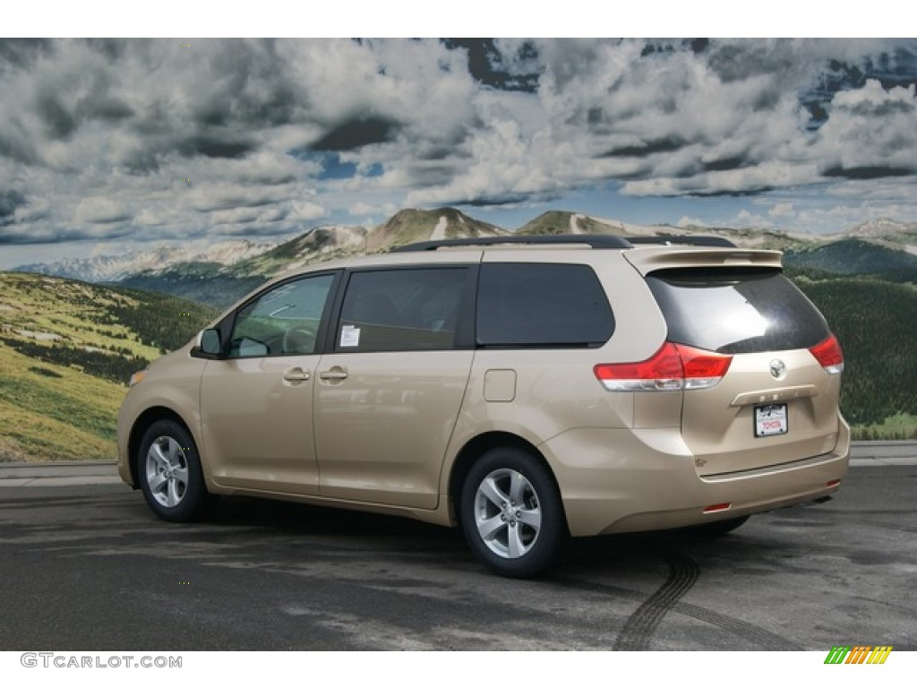 Sandy Beach Metallic 2012 Toyota Sienna Le Exterior Photo 59947542