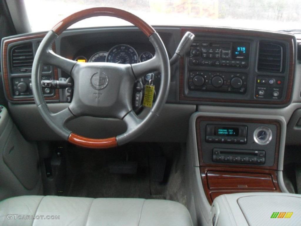 2002 Cadillac Escalade Standard Escalade Model Pewter Dashboard Photo 59952321
