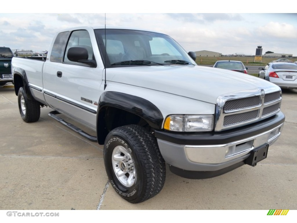 bright white 1998 dodge ram 2500 laramie extended cab 4x4 exterior photo 59985159. Black Bedroom Furniture Sets. Home Design Ideas
