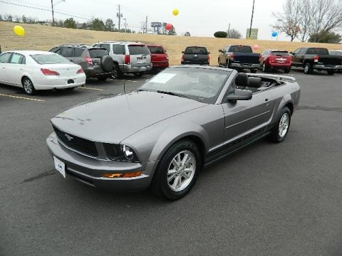 2006 Ford Mustang V6 Premium Convertible Data, Info and Specs