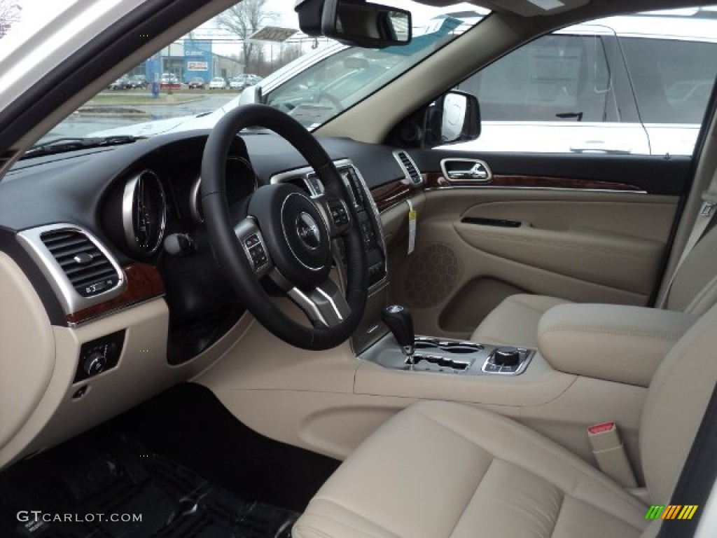 2012 Jeep Grand Cherokee Limited 4x4 Interior Photo 60040244
